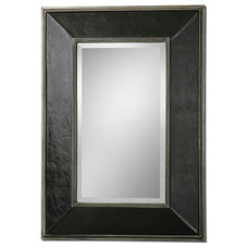 Modern Mirrors by the essentials inside