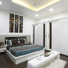 Modern Bedroom by Cornice Interiotrs