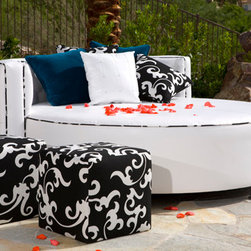 Somers Furniture - Dreaming the Good Life in Luxurious Chic... - Designed to Make you VIP of Your Outdoor World!