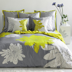 Blissliving Home Ashley Citron Queen Duvet Set - What better way to welcome May than huge chartreuse blooms? Adding this duvet is a quick and easy way to transition your bedroom from winter to spring.