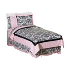 Sweet Jojo Designs - Sophia Children's Bedding Set - The Sophia Children's Bedding set by Sweet Jojo Designs will help you create an incredible room for your child. This stylish designer girls bedding set features an exclusive black and white Sweet Jojo Designs damask print offset with baby pink borders. This set uses 100% cotton fabrics that are machine washable for easy care.