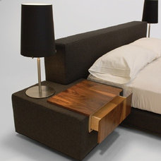 Modern Beds by VIOSKI