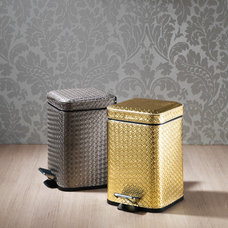 Contemporary Wastebaskets by Plumbonline
