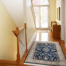 Railing turn for basement stairs