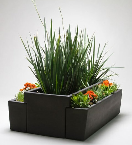 Outdoor Planters by Gainey Ceramics