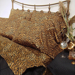 None - Wildlife 200 TC Leopard Twin XL-size Sheet Set - The purr of this three-piece leopard-print sheet set is like a lullaby. Sink into these 100-percent cotton sheets and wake up refreshed. The sateen weave adds a touch of class and added comfort with its elegant finish.