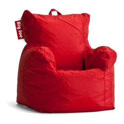 Comfort Research - Big Joe Cuddle Flaming Red Chair in SmartMax - Calling all snuggle bunnies! This Cuddle Chair is for you. Designed especially for the little ones in your family, it's a perfect introduction to our Big Joe line. And with a pocket and easy-carry handle, it won't miss out on a single sleepover, blanket fort or tea party.