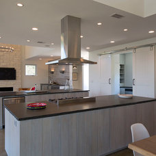 Contemporary Kitchen by Jay Corder, Architect