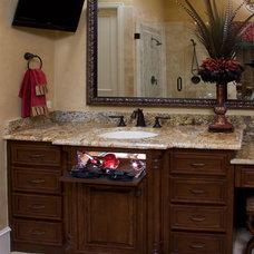 Modern Bathroom Storage by POJJO Inc.