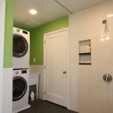 Midcentury Laundry Room by place architecture:design