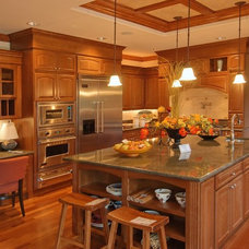 Kitchen by Luxe DeCor