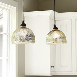PENDANT LIGHT THAT SCREWS INTO CAN LIGHT