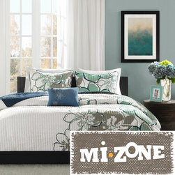 Mi-Zone - Mizone Skylar 4-piece Quilt Set - Renovate your decor with this twin quilt set. With its contemporary floral design,this four-piece quilt set will bring a touch of updated charm to any bedroom. The microfiber blend construction of this set ensures comfort and durability.