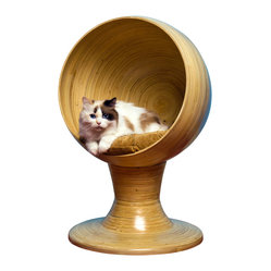 Kitty Ball Bed in Bamboo