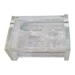 Vintage Lucite Jewelry Box, Etched Bird and Trees - Lucite is the perfect way to store small valuables in a stylish way. This small lucite hinged, lidded lucite jewelry box is pretty and functional. it is small and in near perfect vintage condition. The lid is hinged and opens up. The top of the box has small etchings depicting birds and a tree.