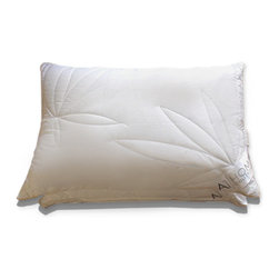 A1 Home Collections - Pair of Hypoallergenic Quilted Leaf-patterned Microfiber Jumbo-size Pillows - Featuring a quilted design of leaves, these pillows offer great firmness and support. They have a silk braided piping, adding style. These pillows are made of high-quality microfiber, giving them ideal softness and perfect fill power, similar to a down pillow. These pillows are hypoallergenic and minimize allergies.
