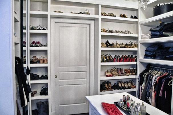 Contemporary Closet by Leib Designs