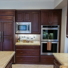 Modern Kitchen Cabinetry by Kitchens Etc. of Ventura County