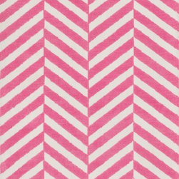 Loloi - Loloi Piper Bubble Gum Pink Area Rug - The Piper area rug Collection offers an affordable assortment of Transitional stylings. Piper features a blend of natural Bubble Gum Pink color. Machine Made of Polyester the Piper Collection is an intriguing compliment to any decor.