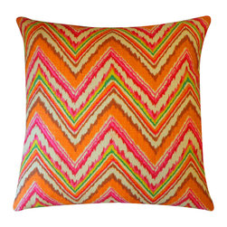 Jiti - Jiti Iceberg Pillow - Expressive colors, dynamic patterns and diverse materials in conjunction with clean, modern design - this is Jiti.
