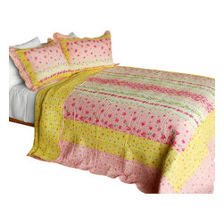 Blancho Bedding - Magic Clover 3PC Cotton Contained Patchwork Quilt Set Full/Queen Size - Set includes a quilt and two quilted shams (one in twin set). Shell and fill are 100% cotton. For convenience, all bedding components are machine washable on cold in the gentle cycle and can be dried on low heat and will last you years. Intricate vermicelli quilting provides a rich surface texture. This vermicelli-quilted quilt set will refresh your bedroom decor instantly, create a cozy and inviting atmosphere and is sure to transform the look of your bedroom or guest room. Dimensions: Full/Queen quilt: 90 inches x 98 inches  Standard sham: 20 inches x 26 inches.