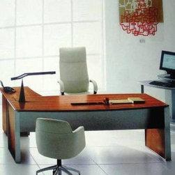 Santa Barbara PercG Modern Executive Desk -