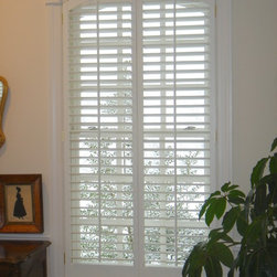 Specialty Shapes - Specialty shaped arched plantation shutter