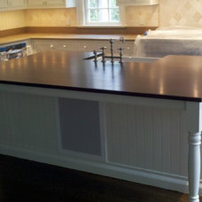 traditional kitchen cabinets by Toby Leary Fine Woodworking Inc.