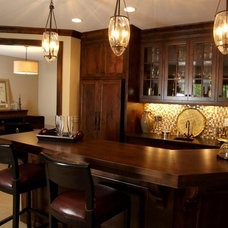 Traditional Home Bar by Stonewood, LLC