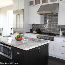 Traditional Kitchen Cabinets by Accent Planning