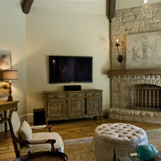 Family Room by Parker House Inc.