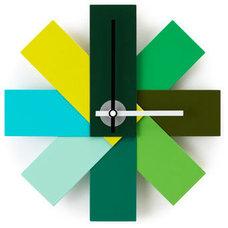 Modern Wall Clocks by Designdelicatessen