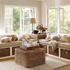 Traditional Family Room Daybeds
