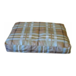 Carolina Pet Company - Brutus Tuff Saddle Stitch Petnapper, Blue/Brown Plaid, 36 X 27 X 4 - Super tough for pets that are rough on their beds.  1200D Polyester fabric makes this the perfect bed for pets that like to scratch or chew. Easy off zippered cover for easy care.  Machine washable.  100% recycled high loft Polyester fill keeps pets off cold floors for added comfort and relief on hips, joints and pressure points.
