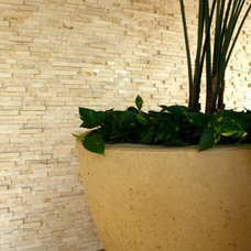 Tropical Retainer Walls by aZura Stoneworks