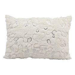 Nourison - Nourison Mina Victory White 14 x 20-inch Faux Fur Throw Pillow - Showcase your sense of luxurious style with this magnificent white faux fur throw pillow from Nourison. With a lush texture and inviting appearance,this exquisite throw will infuse your decor with high-end style.