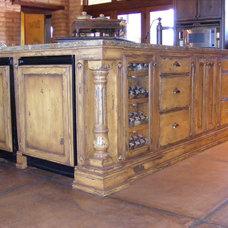 Rustic Kitchen Cabinetry by Vivienda LLC