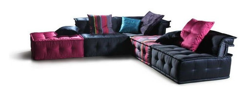VIG Furniture - Chloe Multi-Colored Micorfiber Fabric Sectional Sofa - The Chloe sofa set will add a plush modern design to any living room decor it's placed in. This sofa set comes upholstered in a stunning multi-colored microfiber fabric. High density foam is placed within the cushions for added comfort. This sofa set is the epitome of today's modern furniture.
