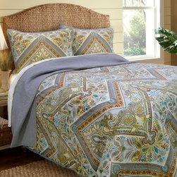 Scent-Sation Tangiers Neutral Quilt - Add a touch of the exotic to your décor with the Scent-Sation Tangiers Neutral Quilt. This quilt is made with a durable microfiber shell and features a cotton and poly blend fill for added comfort. Its charming paisley and floral pattern provides colorful array that brightens up any bedroom.Comforter Dimensions:Twin: 86L x 68W in.Full: 86L x 86W in.Queen: 86L x 86W in.King: 90L x 104W in.About Scent-Sation, Inc.Founded in 1950, Scent-Sation has continually remained focused on manufacturing the finest bedding, sheets, and hangers available. The company took its name from the very first product they manufactured: scented hangers. From there, the company moved on to bedding and sheets, though it didn't leave the aromatic satin hangers behind. Whether you're looking for traditional or contemporary bedding, Scent-Sation has a high-quality option for you, crafted with care and attention to detail.