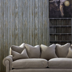 Timber Panel Wallpaper - Driftwood - Bring a rustic yet refined look to your walls. This coated paper creates a cool trompe l'oeil effect, realistically mimicking the knots and grain of traditional wood paneling.