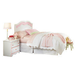 Standard Furniture - Standard Furniture Bubblegum 5-Piece Headboard Bedroom Set in White and Pink - Bubblegum bedroom is adorably cute and charmingly sweet, and is lavished with lots of girlie-girl details.