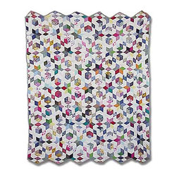 Patch Quilts - Granmas Memories Quilt Queen 85 x 95 Inch - Intricate patchwork and beautiful hand quilting  - Bedding ensemble from Patch Magic  the name for the finest quality quilts and accessories  - Machine washable  - Line or Flat dry only Patch Quilts - QQGRMM