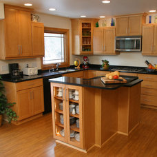Contemporary Kitchen by Carmel Builders