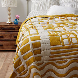Alvorada Quilt - Although the mustard yellow in this quilt isn't my favorite, the pattern is uniquely modern. This is a quilt that even a teenage boy could live with, as a topper to navy sheets.