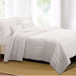 None - Tiana White Ruched 5-piece Bonus Quilt Set - Elegant and sophisticated,this romantic bedding set combines both ruffles and ruching. Oversized for better coverage on today's deeper mattresses. The quilt set features a silky microfiber face and back and includes two comfortable bonus pillows.