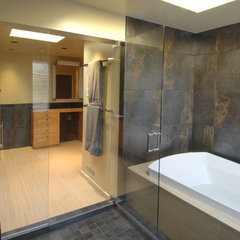 contemporary bathroom by Fradkin Fine Construction, Inc.