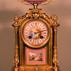 Traditional Clocks by roderickantiqueclocks.com