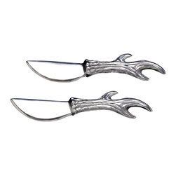Arthur Court - Antler Serrated Spreaders, Set of 2 - Rack up some serious style points at your next party. This set of two spreaders has cast aluminum handles shaped like antlers. If you're tired of the same old, maybe it's time to buck tradition and spread some deer cheer.