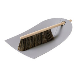 Dustpan and Broom, Light Gray - At one time I thought a small broom was more of an accessory than a utilitarian piece. How wrong was I? I love this little helper when sweeping off leaves and dust from the patio table.