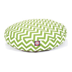 MAJESTIC PET PRODUCTS - Chevron Round Pet Bed - pet bed looks great in any room of your house and is filled with ultra-plush fiberfill for luxurious napping. The removable zippered slipcover is made from outdoor-treated, UV-protected polyester for durability, and the base is made from heavy-duty waterproof 300/600 denier fabric that can go inside or out. Spot clean the slipcover and hang dry. Comes in a variety of colors and patterns, so you can pick the one that complements your decor.